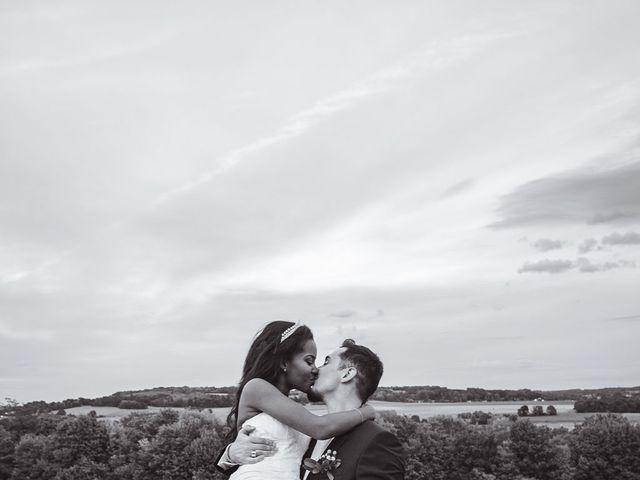 Le mariage de Aurélien et Afsanat à Dangu, Eure 63