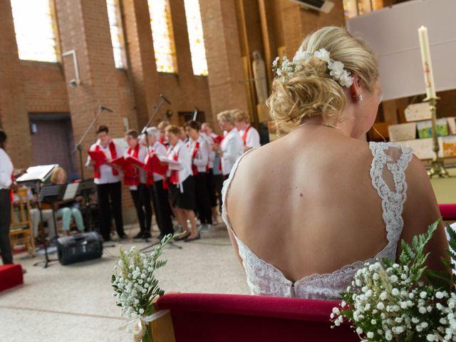 Le mariage de Geoffrey et Aline à Hazebrouck, Nord 16