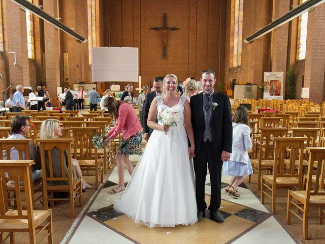 Le mariage de Geoffrey et Aline à Hazebrouck, Nord 17