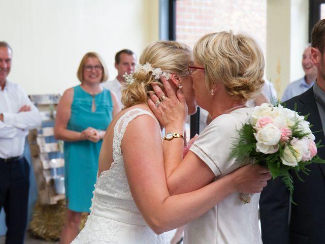 Le mariage de Geoffrey et Aline à Hazebrouck, Nord 36