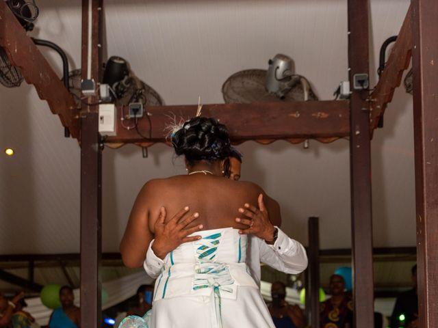 Le mariage de Jean et Annael à Sainte-Luce, Martinique 7