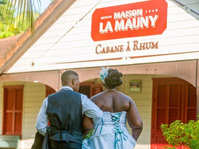 Le mariage de Jean et Annael à Sainte-Luce, Martinique 13