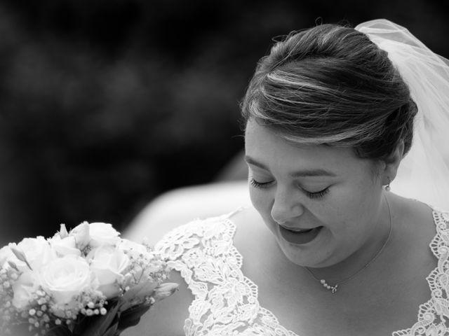 Le mariage de Emilien et Morgane à Cubzac-les-Ponts, Gironde 1