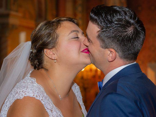 Le mariage de Emilien et Morgane à Cubzac-les-Ponts, Gironde 12