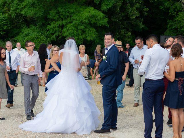 Le mariage de Emilien et Morgane à Cubzac-les-Ponts, Gironde 22