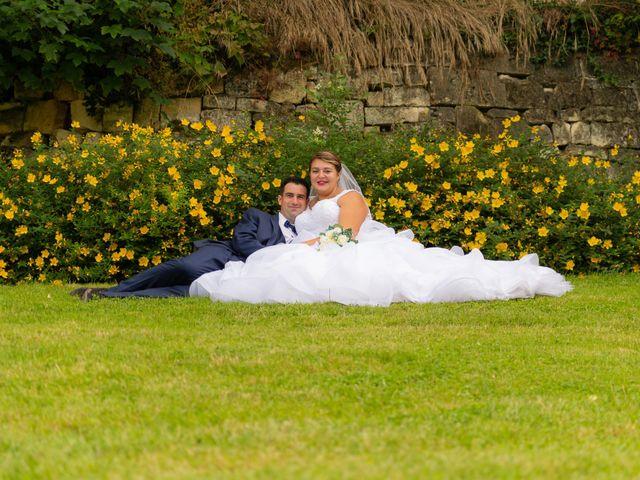 Le mariage de Emilien et Morgane à Cubzac-les-Ponts, Gironde 24