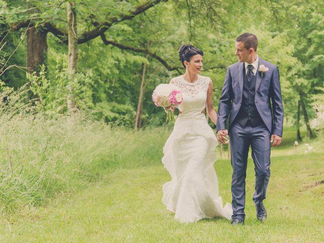 Le mariage de kevin et Lucie à Saint-Aulaye, Dordogne 24