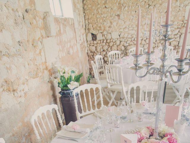Le mariage de kevin et Lucie à Saint-Aulaye, Dordogne 36