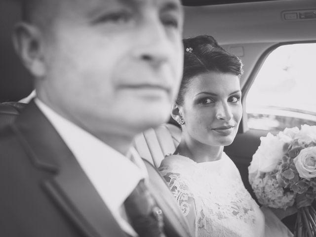 Le mariage de kevin et Lucie à Saint-Aulaye, Dordogne 44