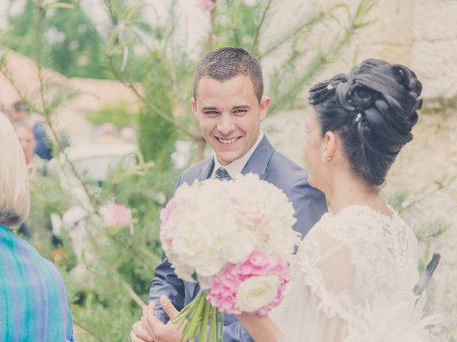 Le mariage de kevin et Lucie à Saint-Aulaye, Dordogne 64