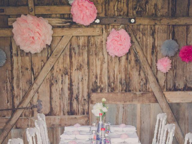 Le mariage de kevin et Lucie à Saint-Aulaye, Dordogne 84