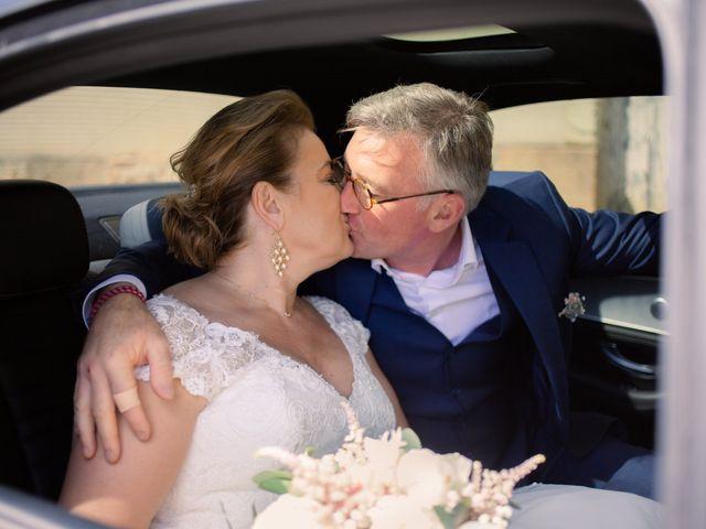 Le mariage de Olivier et Brigitte à Bécon-les-Granits, Maine et Loire 25