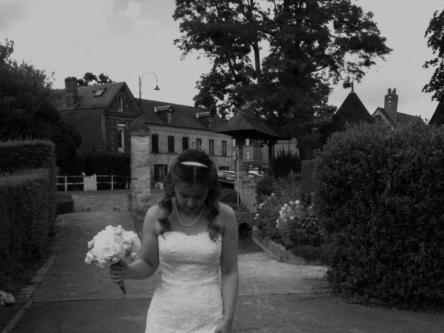 Le mariage de François et Emmanuelle à Rouxmesnil-Bouteilles, Seine-Maritime 8