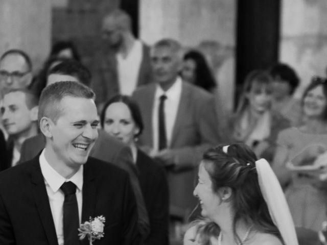 Le mariage de François et Emmanuelle à Rouxmesnil-Bouteilles, Seine-Maritime 15
