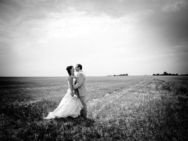 Le mariage de Jonathan et Marine à Bassevelle, Seine-et-Marne 14