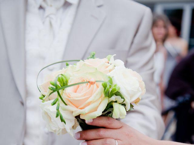 Le mariage de Jonathan et Marine à Bassevelle, Seine-et-Marne 28