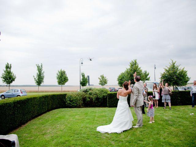 Le mariage de Jonathan et Marine à Bassevelle, Seine-et-Marne 29