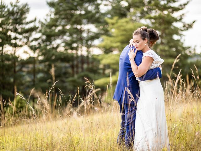 Le mariage de Aymeric et Noémie à Saint-Astier, Dordogne 31