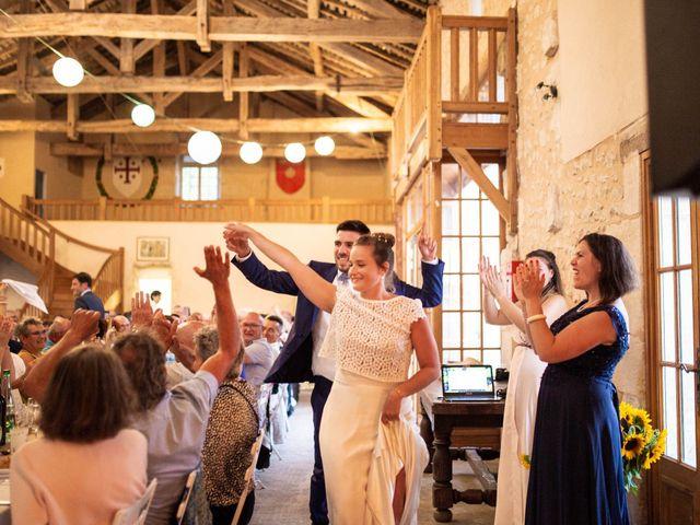 Le mariage de Aymeric et Noémie à Saint-Astier, Dordogne 40