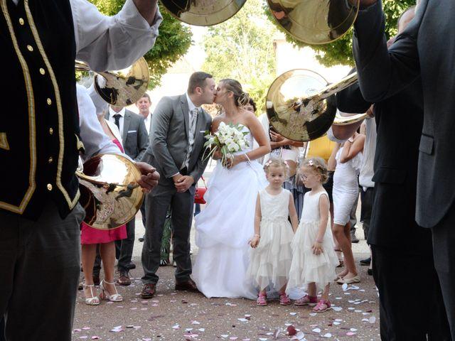 Le mariage de Loïc et Johanna à Genlis, Côte d'Or 15