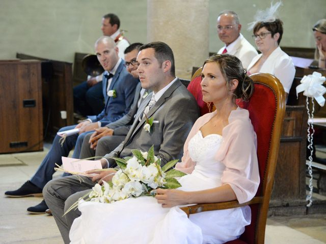 Le mariage de Loïc et Johanna à Genlis, Côte d'Or 32