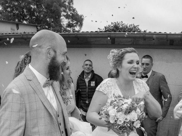 Le mariage de Anthony et Malhorie à Beaudéduit, Oise 19
