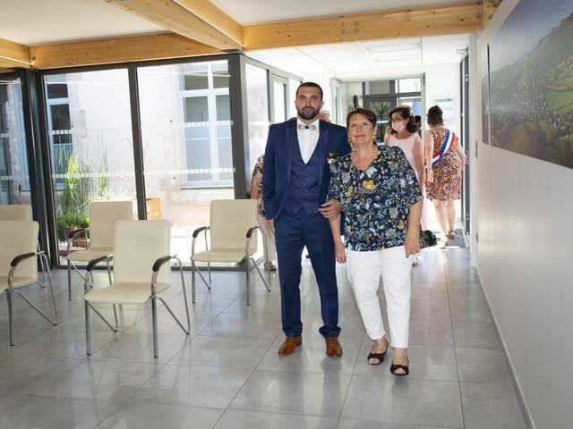 Le mariage de Florian et Elodie à Sévérac-le-Château, Aveyron 74