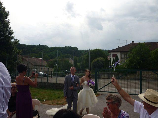 Le mariage de Clément et Elise à Abbans-Dessus, Doubs 8
