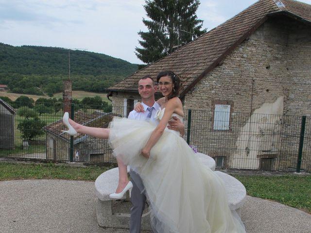 Le mariage de Clément et Elise à Abbans-Dessus, Doubs 23