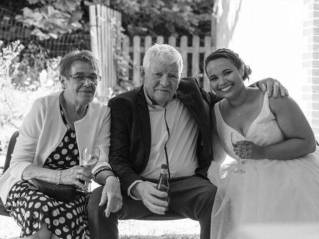 Le mariage de Anne Laure et Yaëlle à Janzé, Ille et Vilaine 26