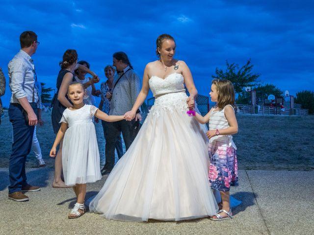 Le mariage de Baptiste et Joanna à Saint-Laurent-Nouan, Loir-et-Cher 22