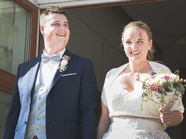 Le mariage de Baptiste et Joanna à Saint-Laurent-Nouan, Loir-et-Cher 32