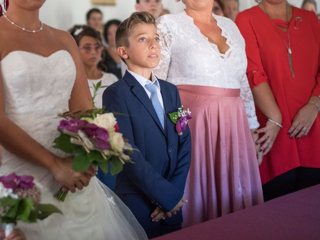Le mariage de Christophe et Anne Lise à Coufouleux, Tarn 12