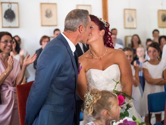 Le mariage de Christophe et Anne Lise à Coufouleux, Tarn 13