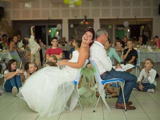 Le mariage de Christophe et Anne Lise à Coufouleux, Tarn 34