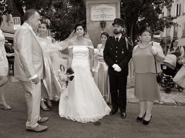 Le mariage de Florent et Manon à Forcalquier, Alpes-de-Haute-Provence 23