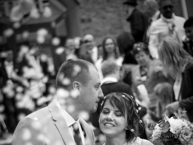 Le mariage de Gilles et Sandrine à Illifaut, Côtes d'Armor 9