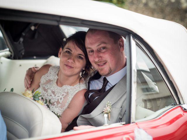 Le mariage de Gilles et Sandrine à Illifaut, Côtes d'Armor 11