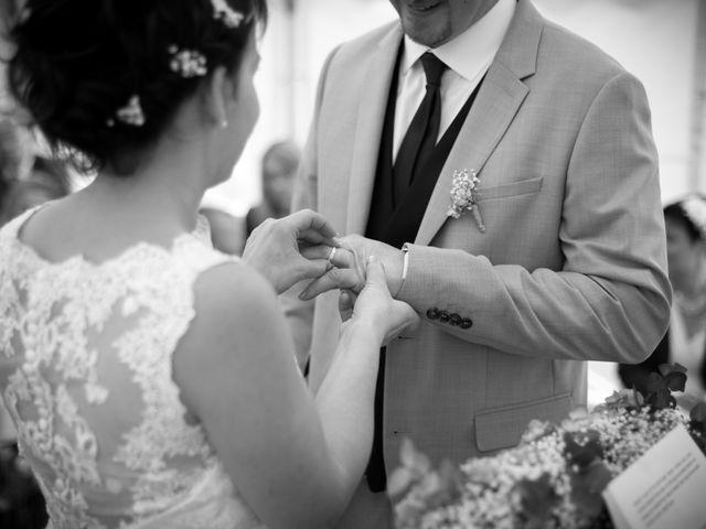 Le mariage de Gilles et Sandrine à Illifaut, Côtes d'Armor 17