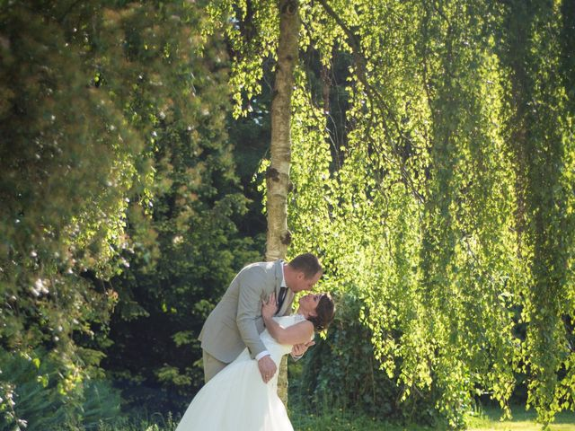 Le mariage de Gilles et Sandrine à Illifaut, Côtes d'Armor 45