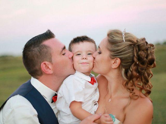 Le mariage de Romain et Elodie à Codognan, Gard 16