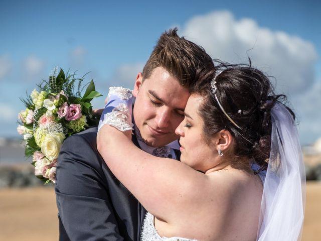 Le mariage de Sylver et Flore à Châtelaillon-Plage, Charente Maritime 26