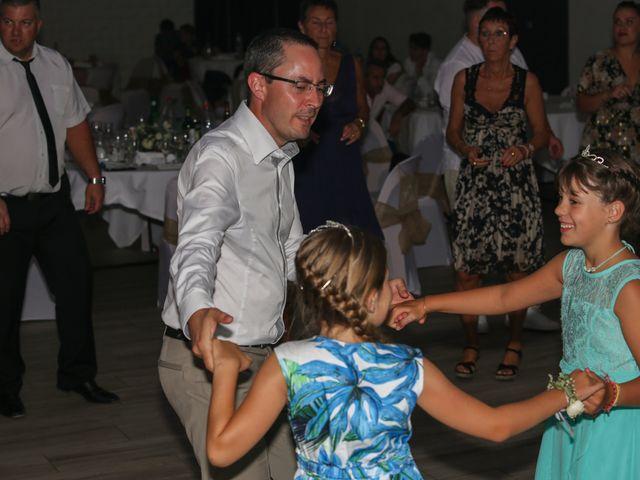 Le mariage de Benjamin et Jennifer à Gallargues le Montueux, Gard 1
