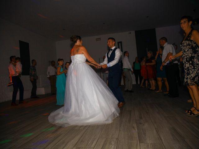 Le mariage de Benjamin et Jennifer à Gallargues le Montueux, Gard 2