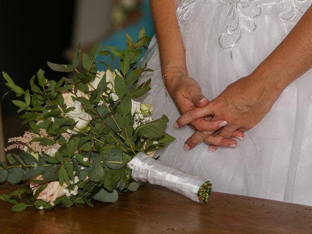 Le mariage de Benjamin et Jennifer à Gallargues le Montueux, Gard 59