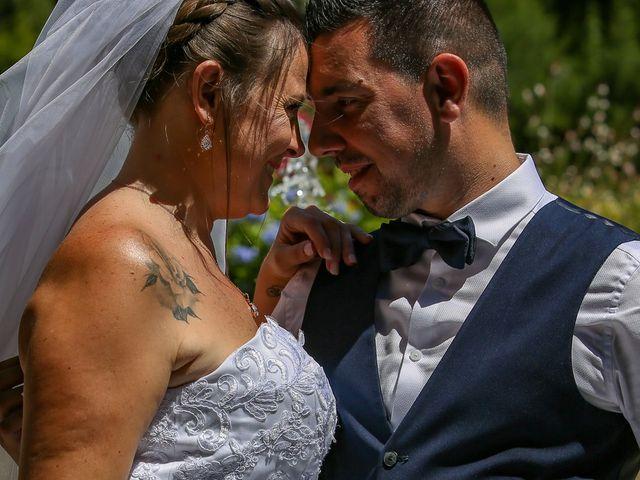 Le mariage de Benjamin et Jennifer à Gallargues le Montueux, Gard 75