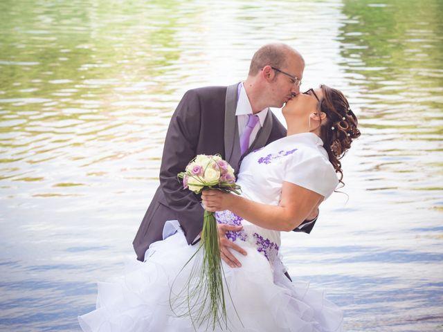 Le mariage de Olivier et Noémie à Nogent-sur-Aube, Aube 6