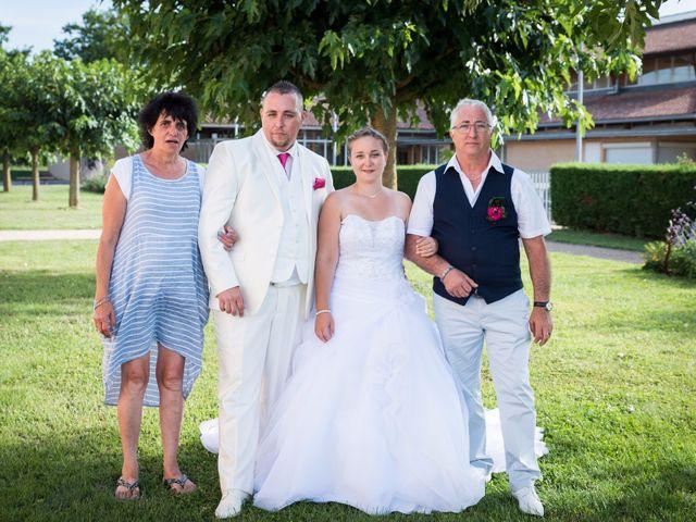 Le mariage de Justine et Gwenaël à Belleville, Rhône 10