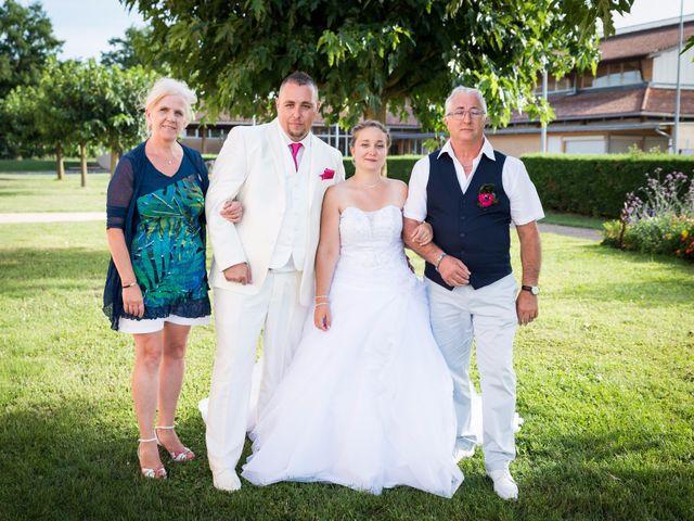 Le mariage de Justine et Gwenaël à Belleville, Rhône 12