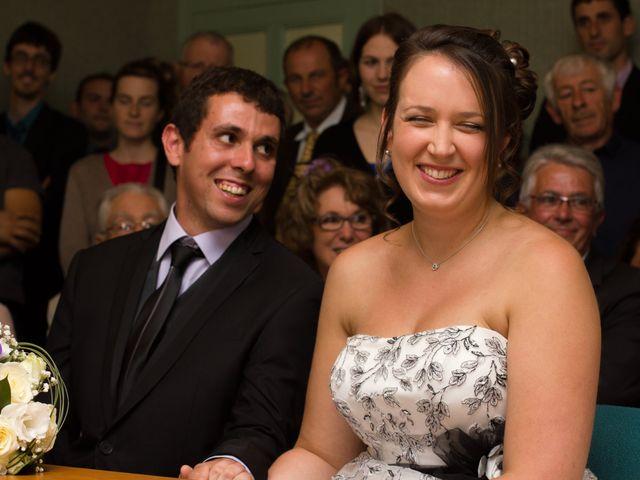 Le mariage de Michael et Sarah à Saint-Étienne-de-Vicq, Allier 12